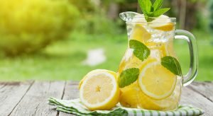 Top 11 Health benefits of Lemon Water that will surprise you