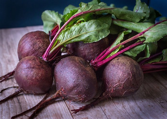 DOWN TO EARTH CROP: What do beets taste like? 2 #cookymom