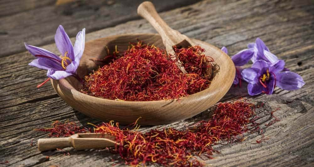 What Does Saffron Taste Like? Understanding Its Magical, Expensive Allure! 3 #cookymom