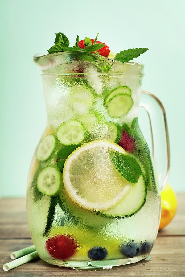 27 Refreshingly Flavored Water Drinks To Cool You Down This Hot Summer Season 3 #cookymom