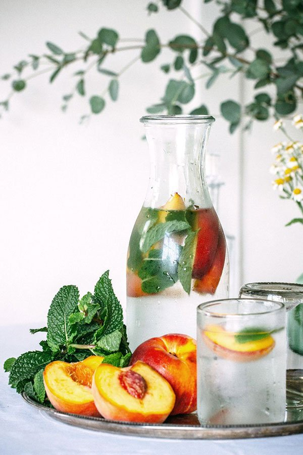 27 Refreshingly Flavored Water Drinks To Cool You Down This Hot Summer Season 14 #cookymom