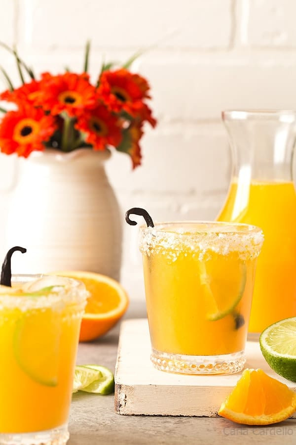 27 Refreshingly Flavored Water Drinks To Cool You Down This Hot Summer Season 19 #cookymom
