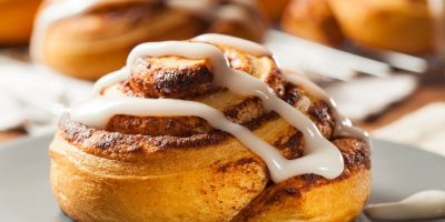 How To Reheat Cinnamon Rolls: 4 Methods You Can Try